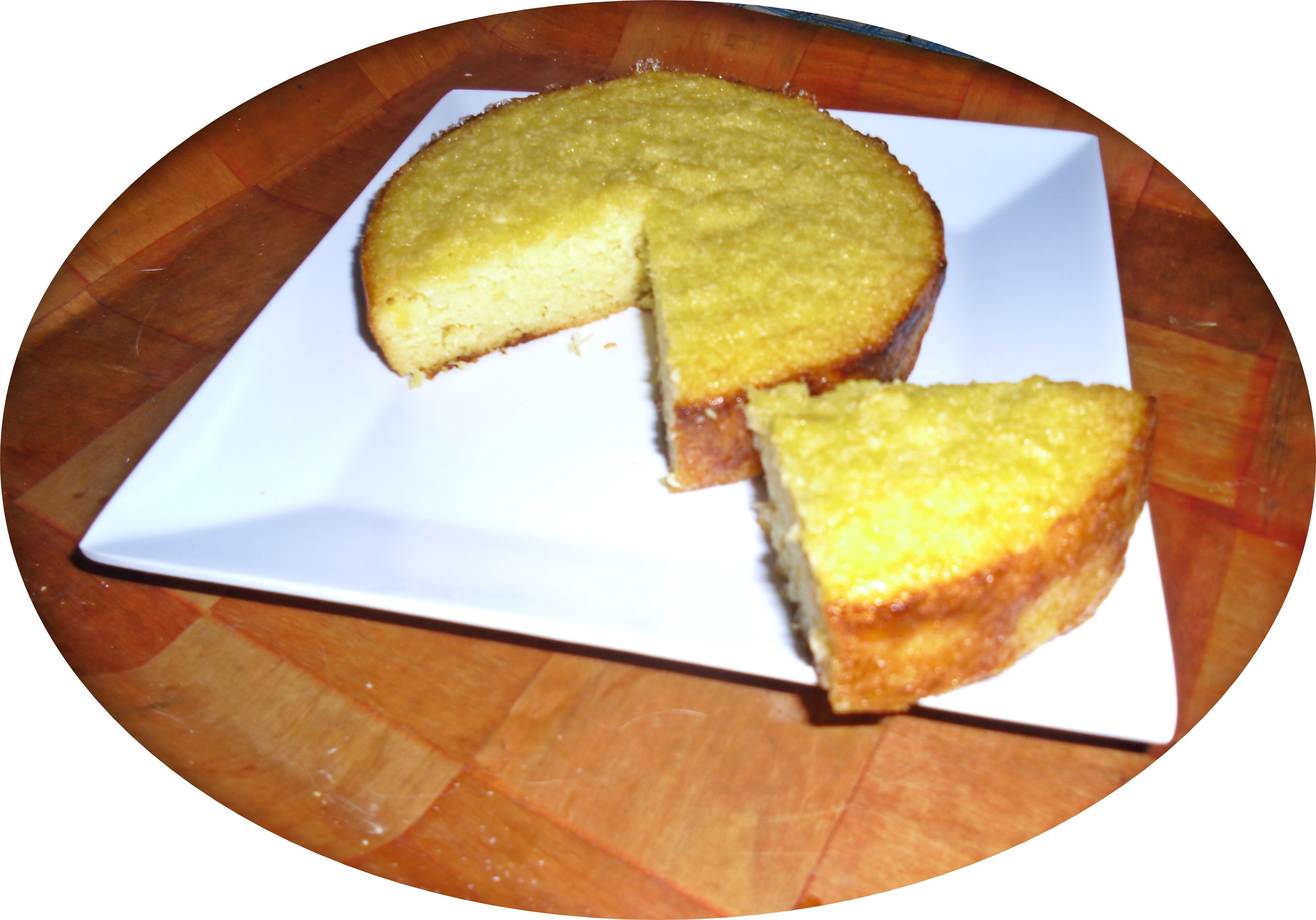 Kg. (500 grs. ó 250 grs.) de yuca, pelada y rallada (cruda) por el